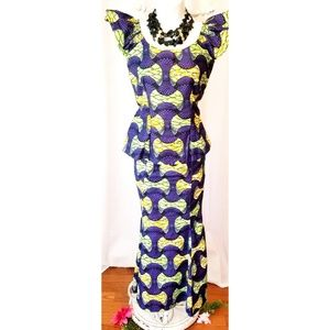 """Purple/Green """"TRADITIONAL AFRICAN SET"""" Size M"""